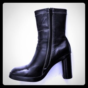Arturo Chiang Black Mid Side Zip High Boots